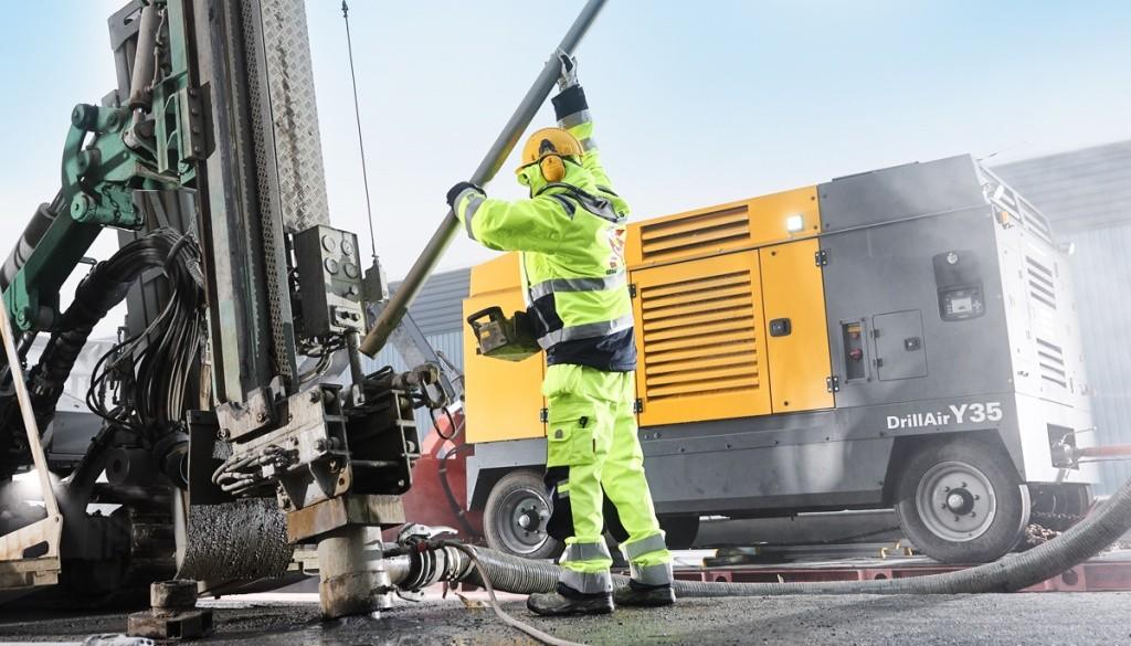 «Атлас Копко» представляет новые модели компрессоров для буровых работ и испытаний трубопроводов с двигателями Scania