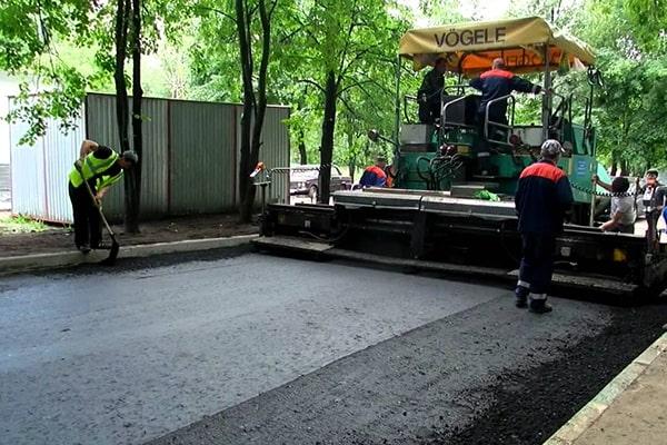 Уплотнение асфальтового покрытия